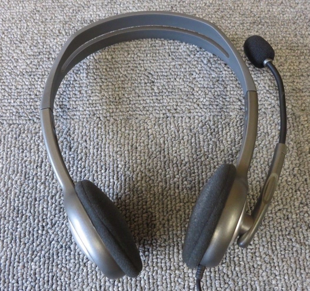 Logitech H110 Wired Stereo On-Ear Headset With Noise-Canceling ...